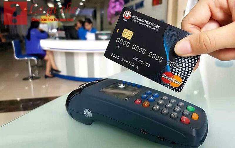 Không thể phủ nhận lợi ích mà thẻ tín dụng mang lại
