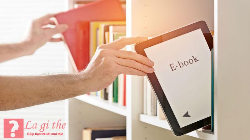 Ebook tiện lợi hơn nhiều so với sách thông thường.