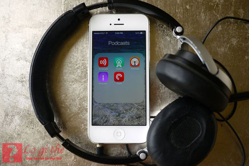 Cách sử dụng Podcast rất đơn giản với điện thoại Iphone.