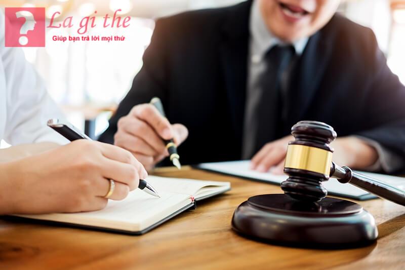 Trung tâm trợ giúp pháp lý nhà nước sẽ hỗ trợ những ai cần trợ giúp pháp lí